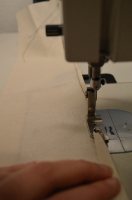 The presser foot in action on some light-medium cotton.