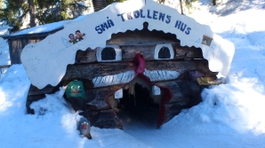 This is the small trolls' house. For some reason this reminds me of the cat bus.