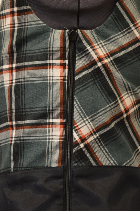 The inside of the invisible zipper.